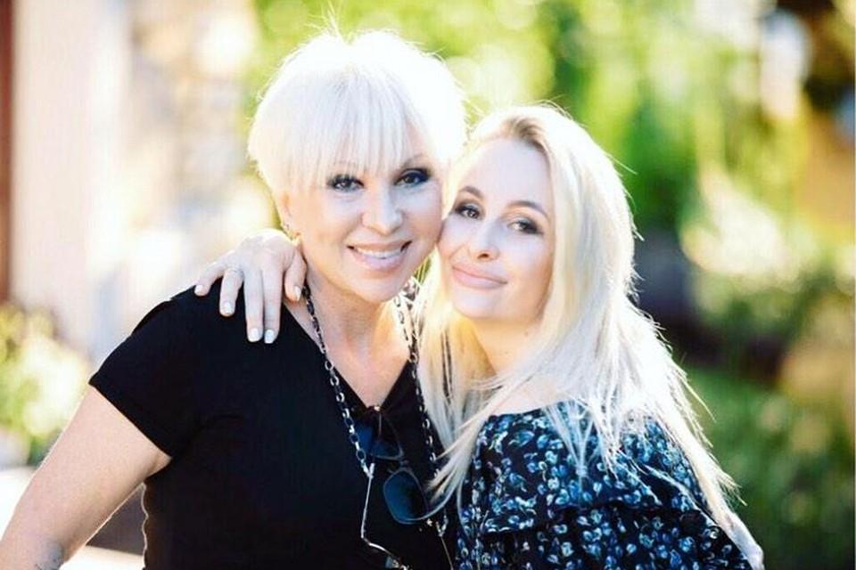 Старшая дочь Валентины Легкоступовой стала теперь главой семьи — на ней забота о брате, бабушке, детях