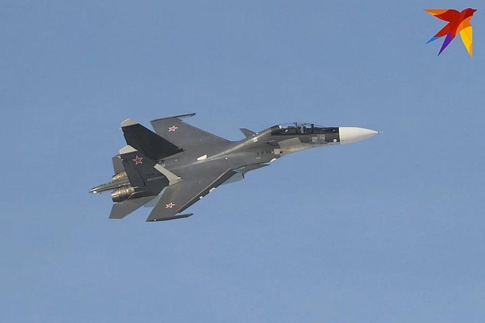 В Тверской области обнаружили обломки рухнувшего истребителя Су-30, его могли случайно сбить во время учений.