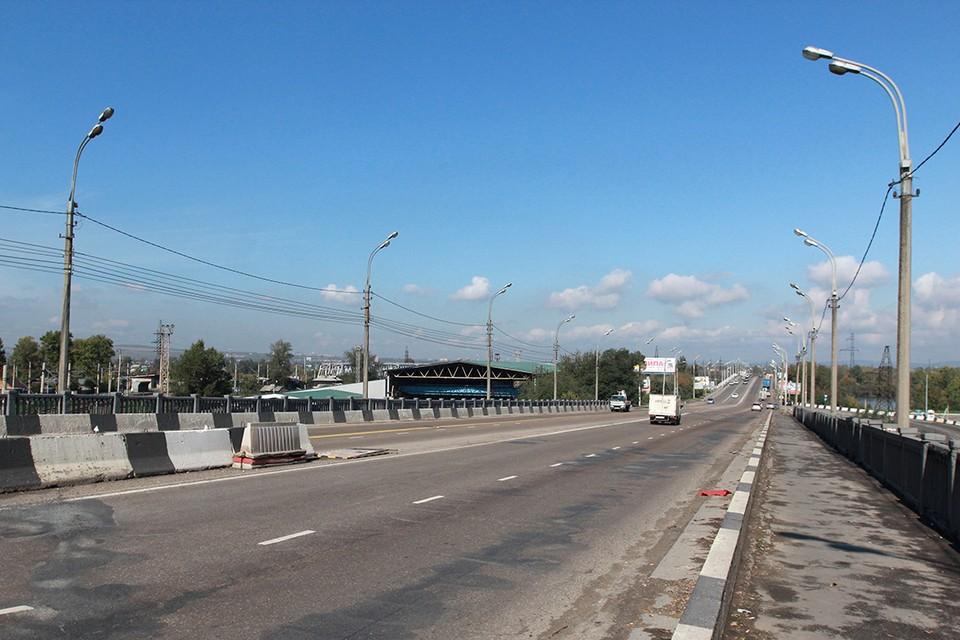 Ремонт дорог в Иркутске 2020: реконструируют путепровод на улице Джамбула.