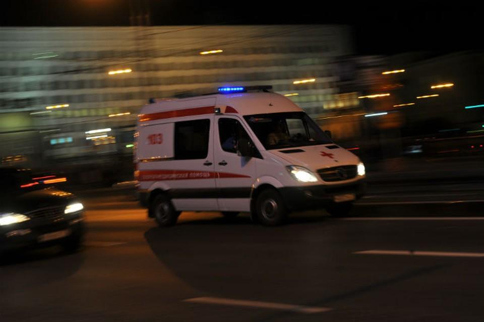 Мальчика с обширными ожогами и рваной раной руки увезли в больницу.
