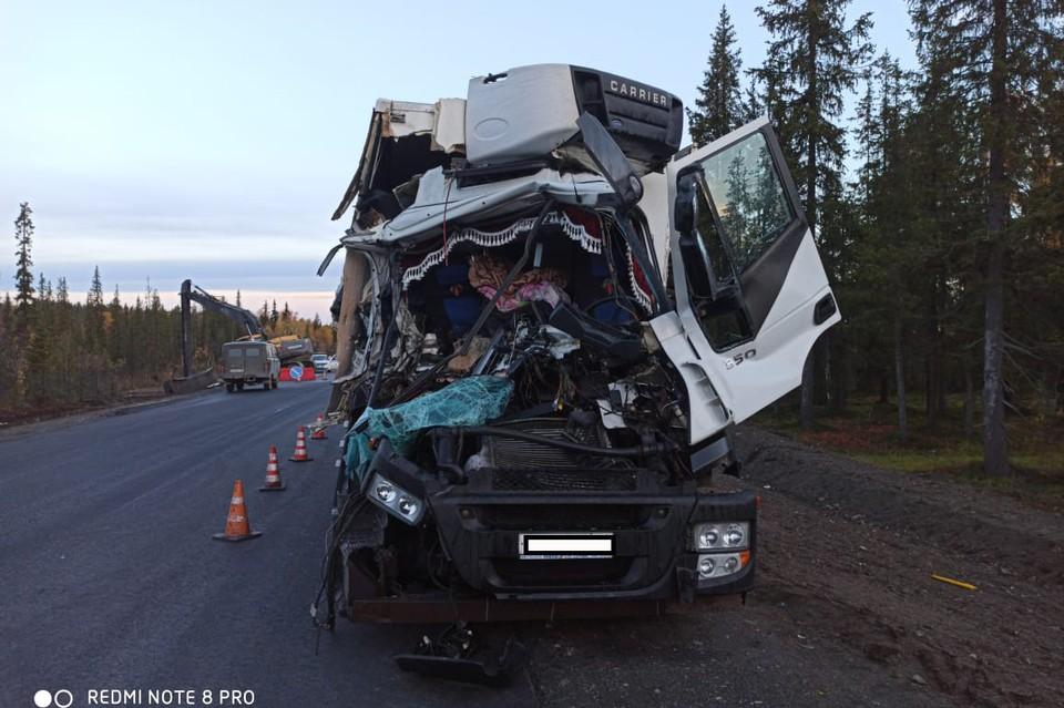 Больше всего в ДТП досталось грузовику. Фото: Евгений Евтюхин