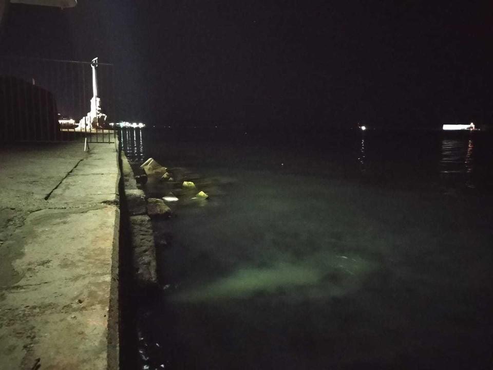 Слив канализации в Черное море.