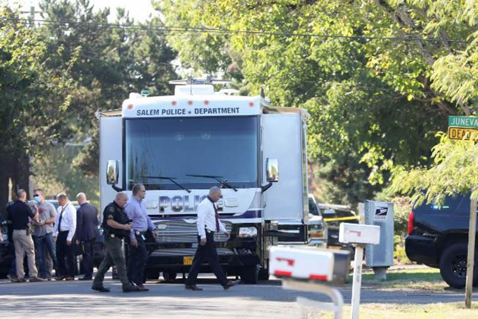 В американском городе Салем (штат Орегон) во время переговоров с преступником, который удерживал заложников, произошла перестрелка