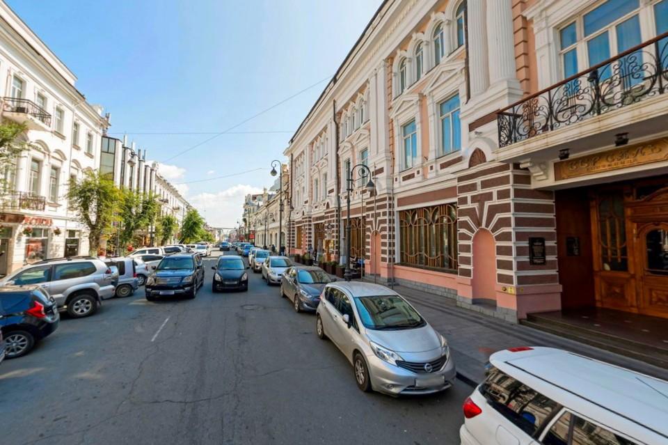 """Площадкой для программы фестиваля """"В_город"""" станет улица возле гостиницы """"Версаль"""""""
