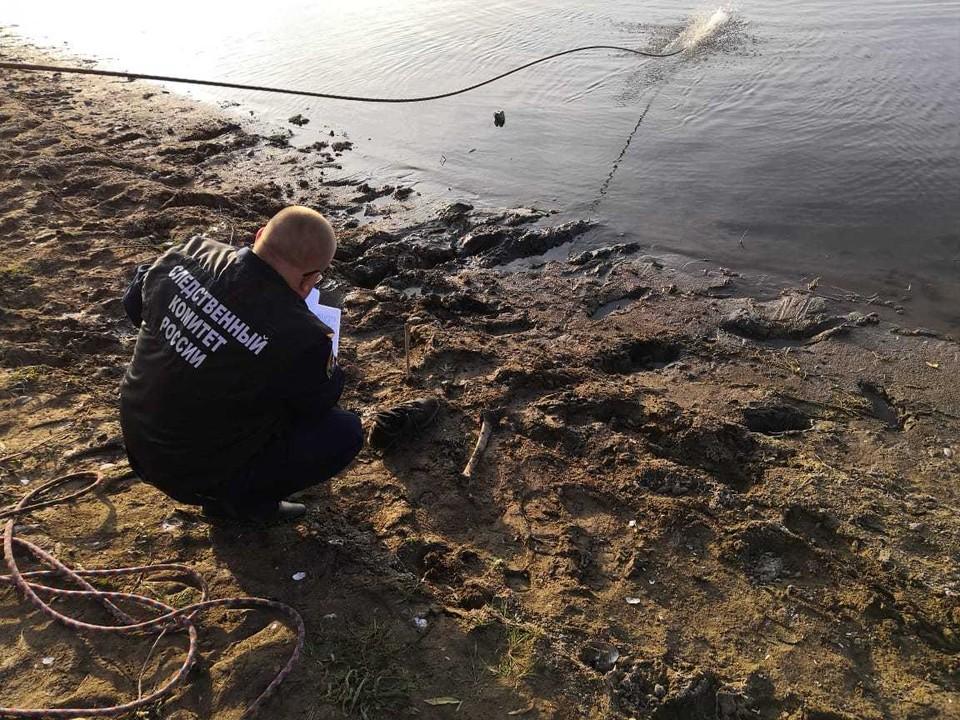 Человеческую ступню в кроссовке выловили рыбак и его сын