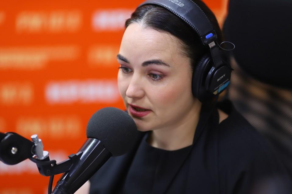 Ведущая эфира Марина Мирлачева