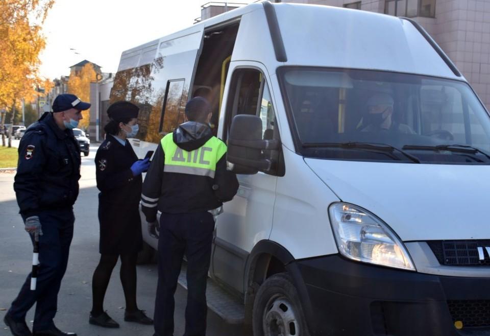 В Урае проверили соблюдение масочного режима в общественном транспорте Фото: Официальный сайт органов местного самоуправления города Урай