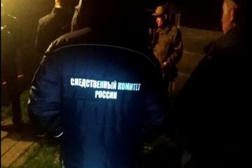 В Чувашии пьяный сельчанин взял в заложники подругу, задерживали дебошира сотрудники полиции