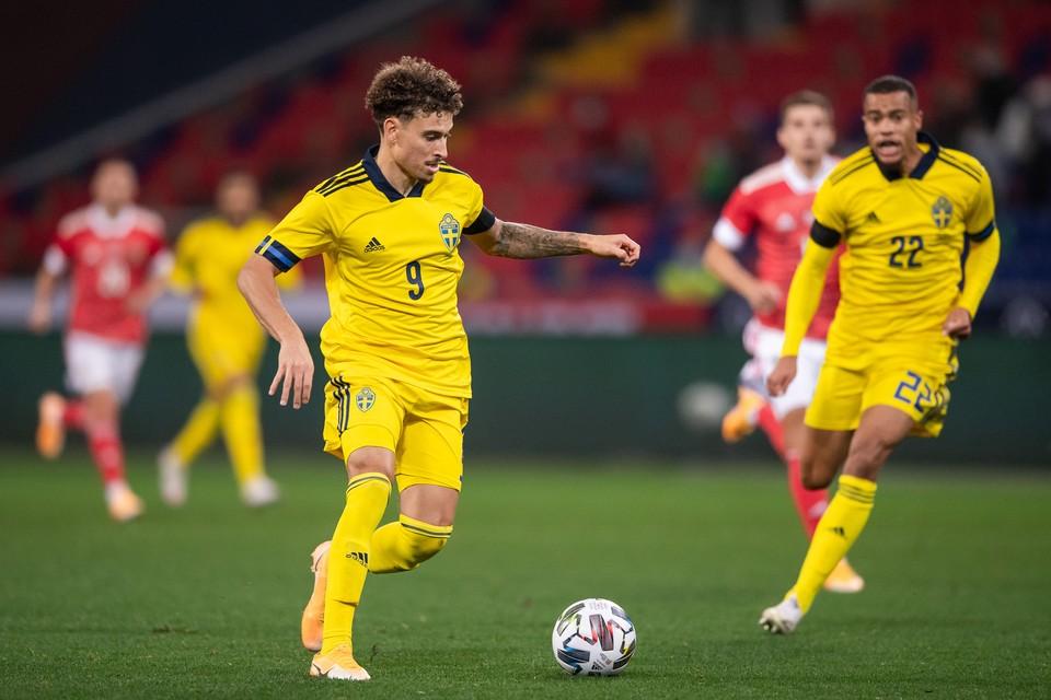Джордан Ларссон в матче против сборной России.