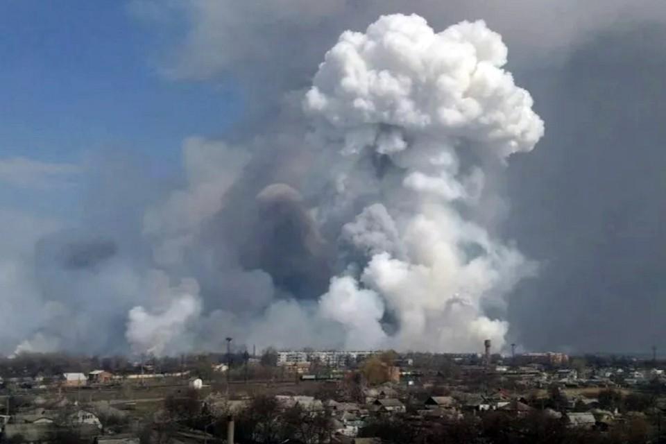 В общей сложности сброшено на очаги возгорания в районе чрезвычайной ситуации более 1400 тонн воды