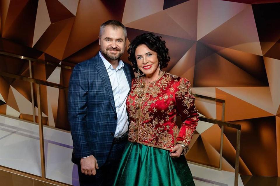 """«Я способна быть донором"""": Излечившаяся от коронавируса Надежда Бабкина отметила 70-летие банкетом за полмиллиона"""