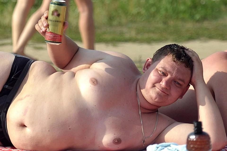 Эксперты объяснили, почему россияне стремительно толстеют