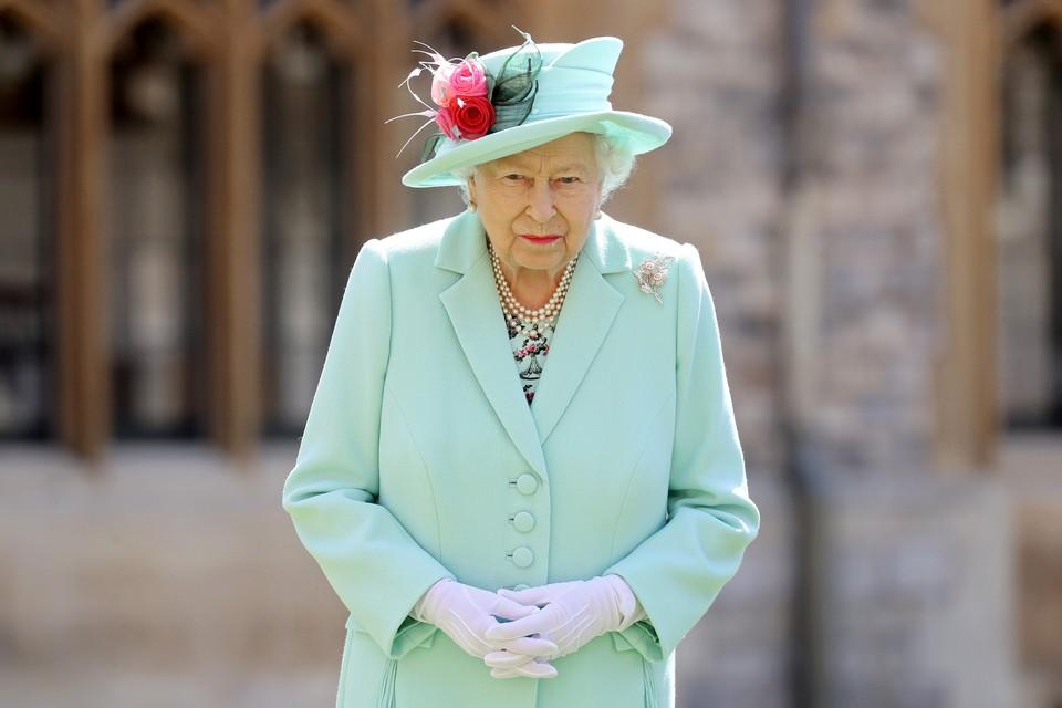Королева Великобритании Елизавета II призвала своего внука, принца Гарри прибыть к ней на аудиенцию.