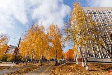 Утро в Ижевске: погибший в ДТП ребенок, замена лифтов и продление работы колл-центров для больных коронавирусом