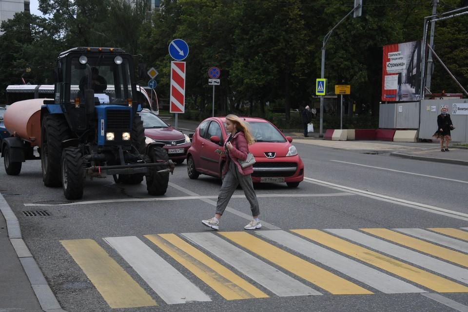 ГИБДД объяснила штрафы водителям за нарушения на пешеходных переходах