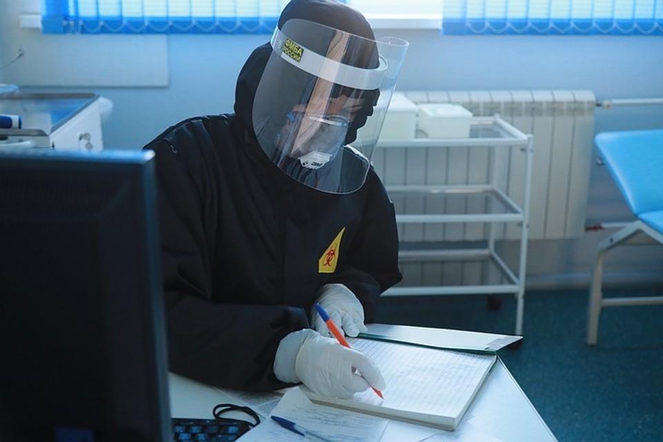 За сутки в Москве выявлено 4573 новых заразившихся коронавирусом