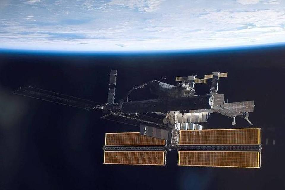 На МКС сейчас работают четыре российских космонавта и два астронавта NASA