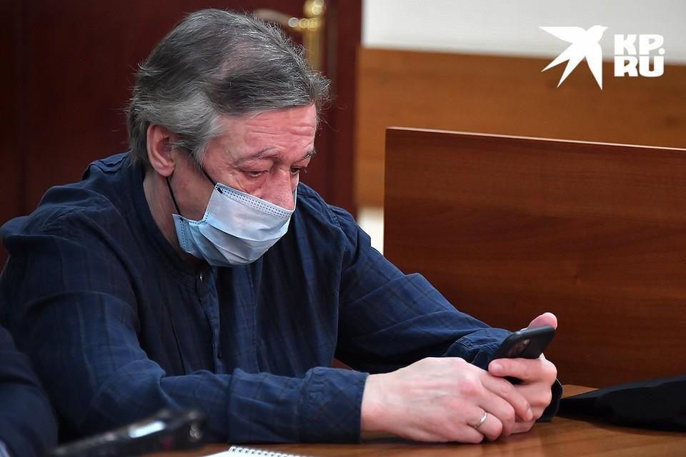 Ефремов полностью выплатил долг сыну погибшего Сергея Захарова.