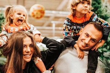 Умер муж скандальной блогерши Софии Стужук, рожавшей в прямом эфире в бассейне