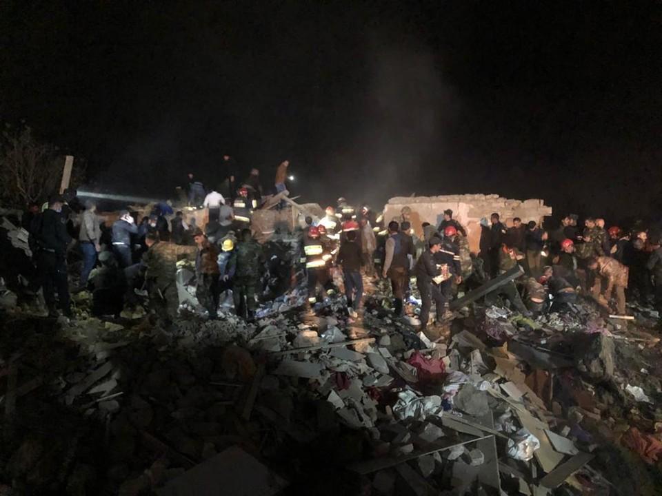 Число погибших при ракетном обстреле в Азербайджане увеличилось до 12 человек. Фото: твиттер помощника президента Азербайджана Хикмета Гаджиева