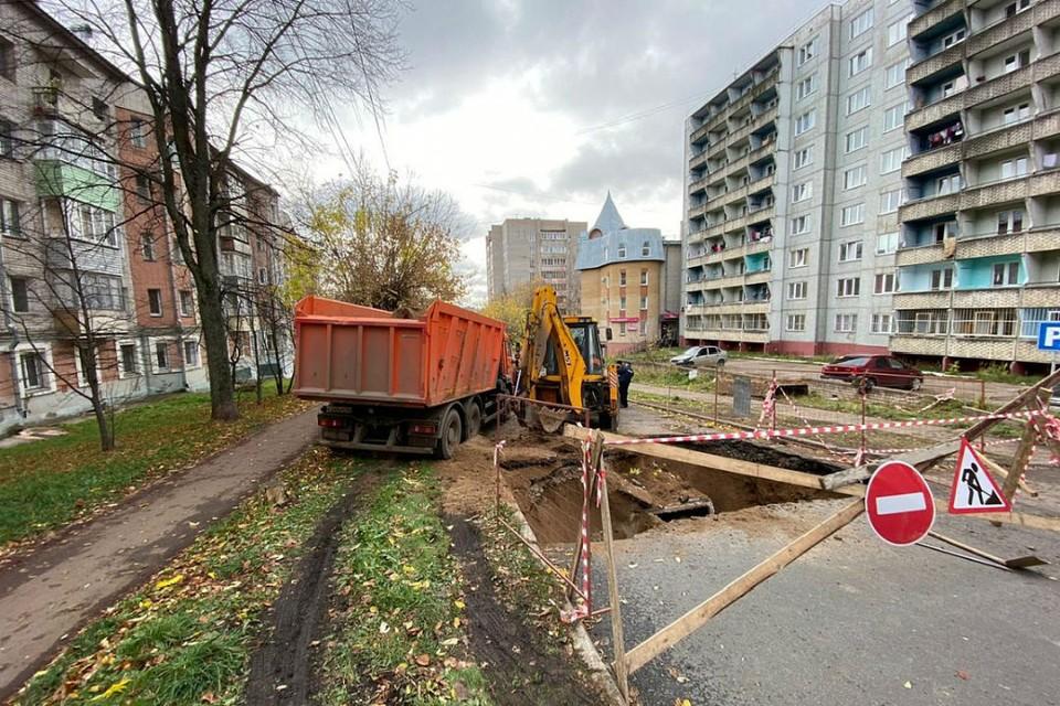 Участок дороги на улице Володарского был ранее отремонтирован по федеральной программе. Фото: admkirov.ru