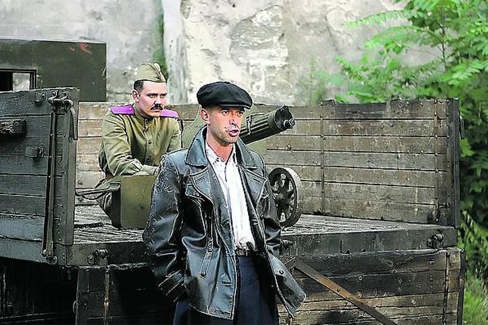 Давид Курлянд в сериале превратился в Давида Гоцмана (его сыграл Владимир Машков). Фото: Кадр из фильма