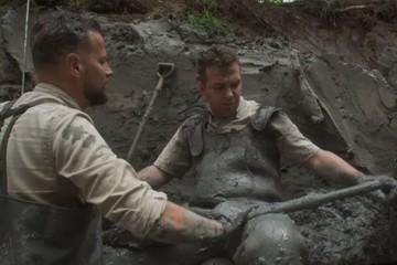 В Польше во время съемок телепередачи нашли советский бомбардировщик и останки членов экипажа