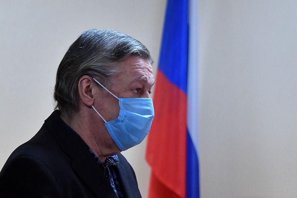 Михаил Ефремов окажется на свободе только через 7,5 лет.