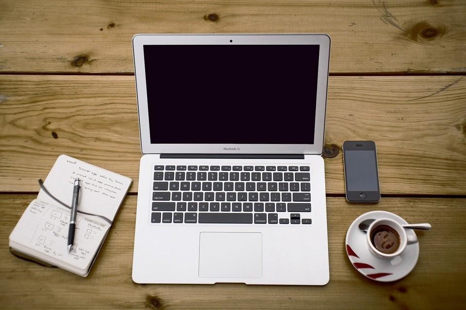 Житель Лабытнанги лишился ноутбука, договорившись о продаже через почту