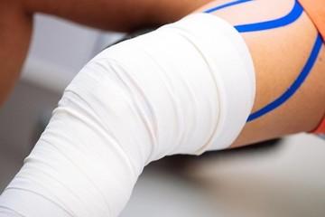 Растяжение коленного сустава у взрослых