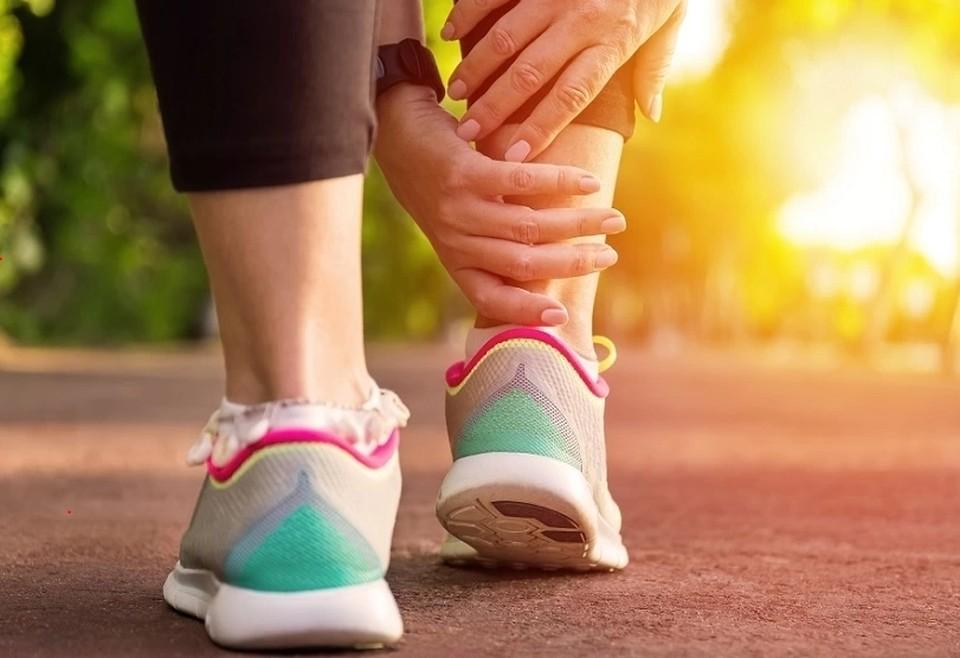 Растяжение связок у взрослых: симптомы, причины, лечение