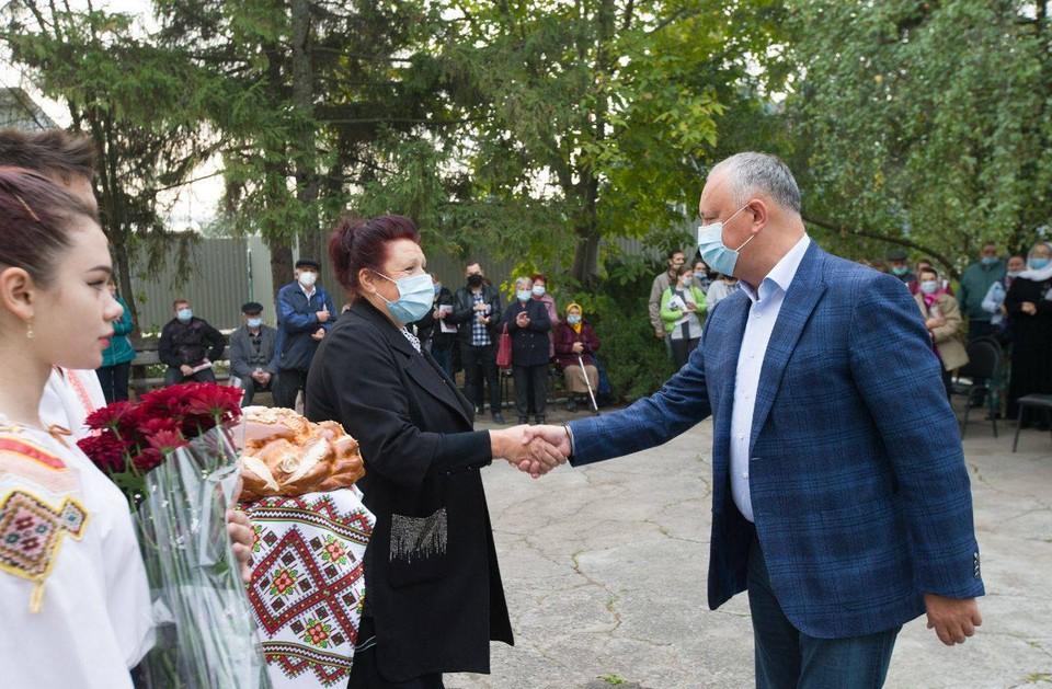 Большинство сограждан считают, что Игорь Додон побелит на президентских выборах. Фото:facebook.com/dodon.igor