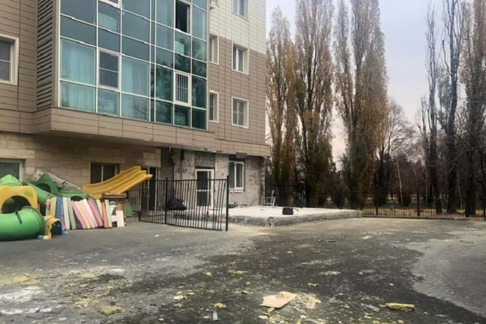 Акимат Алматы предупреждает всех собственников незаконного строительства о необходимости вести все без исключения строительные работы в рамках действующего законодательства.