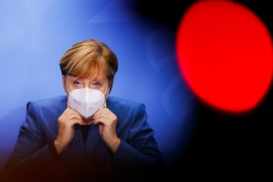 Ангела Меркель во время пресс-конференции в Берлине.