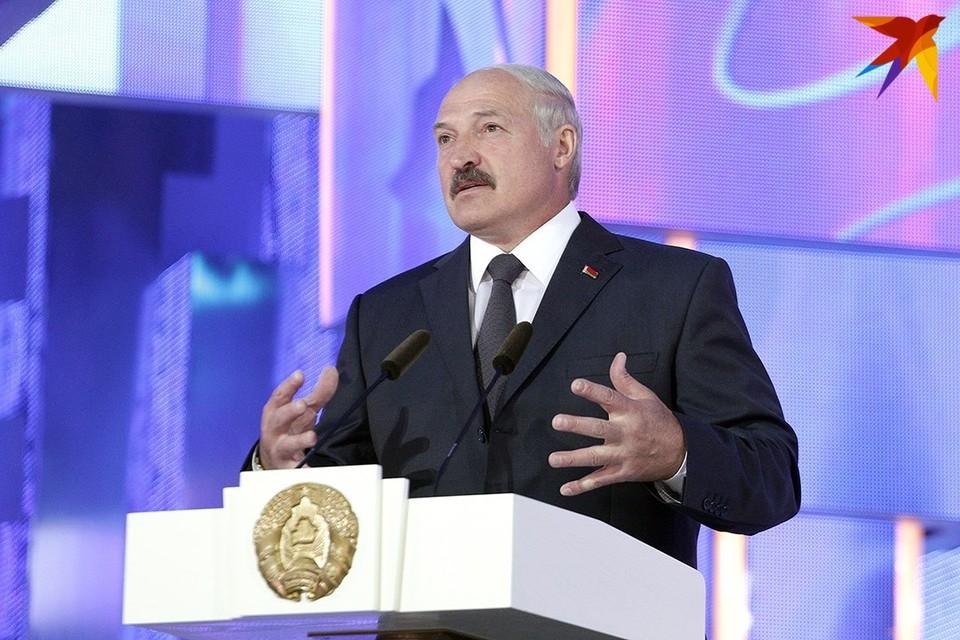 Лукашенко заявил, что граница - зона дружбы народов, но Беларуси брошен вызов