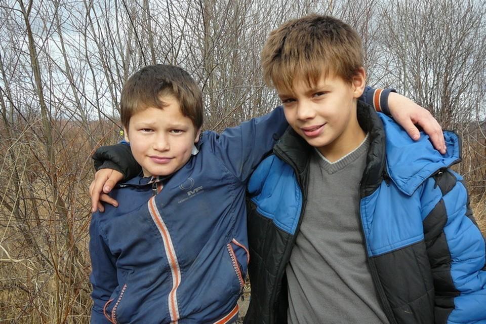 В Хабаровском крае двое школьников спасли рыбака, рискуя жизнями