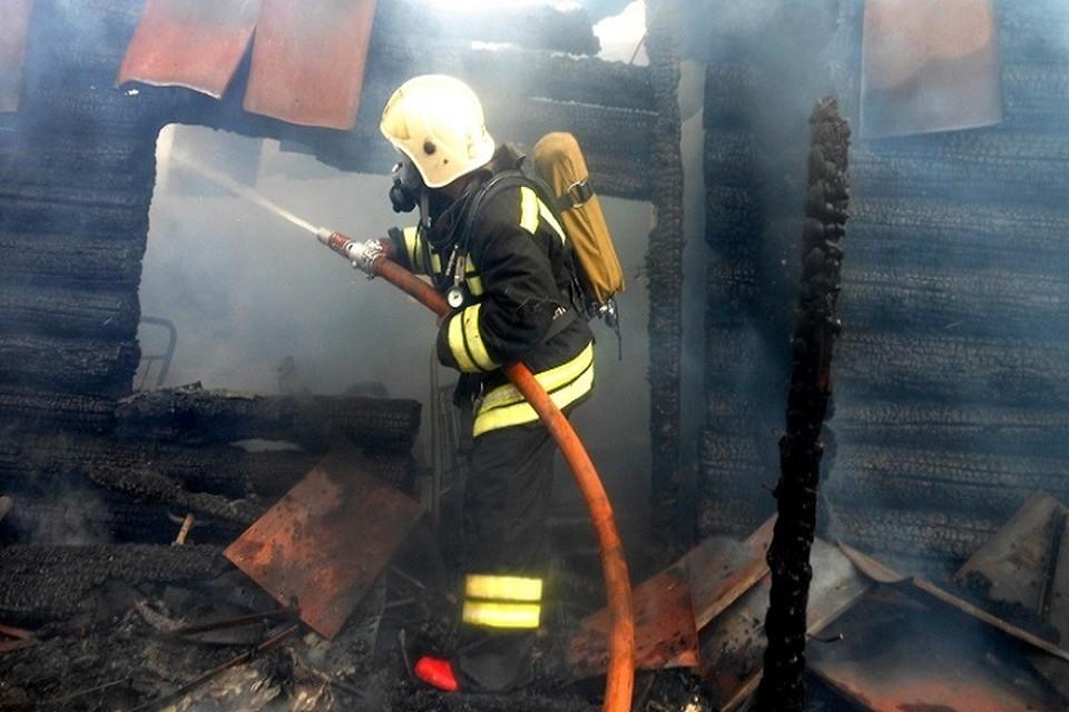 В Чувашии во время пожара в частном доме погибли 4 человека