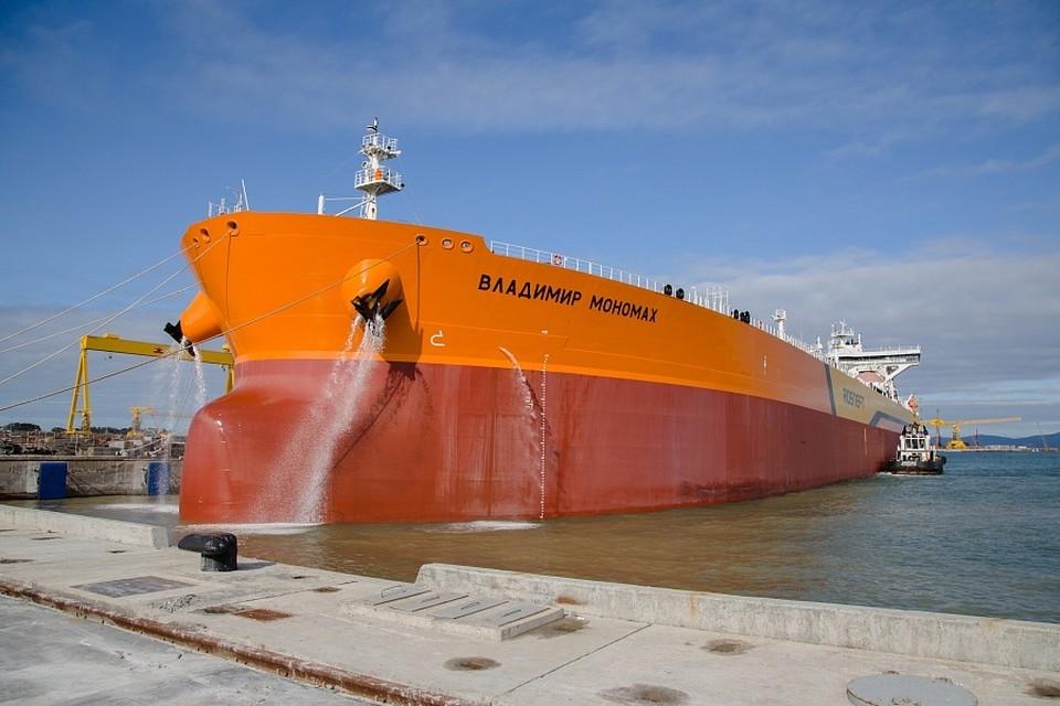 Так выглядят танкеры-афрамаксы, выпускаемые ССК «Звезда». Фото: пресс-служба ССК «Звезда»