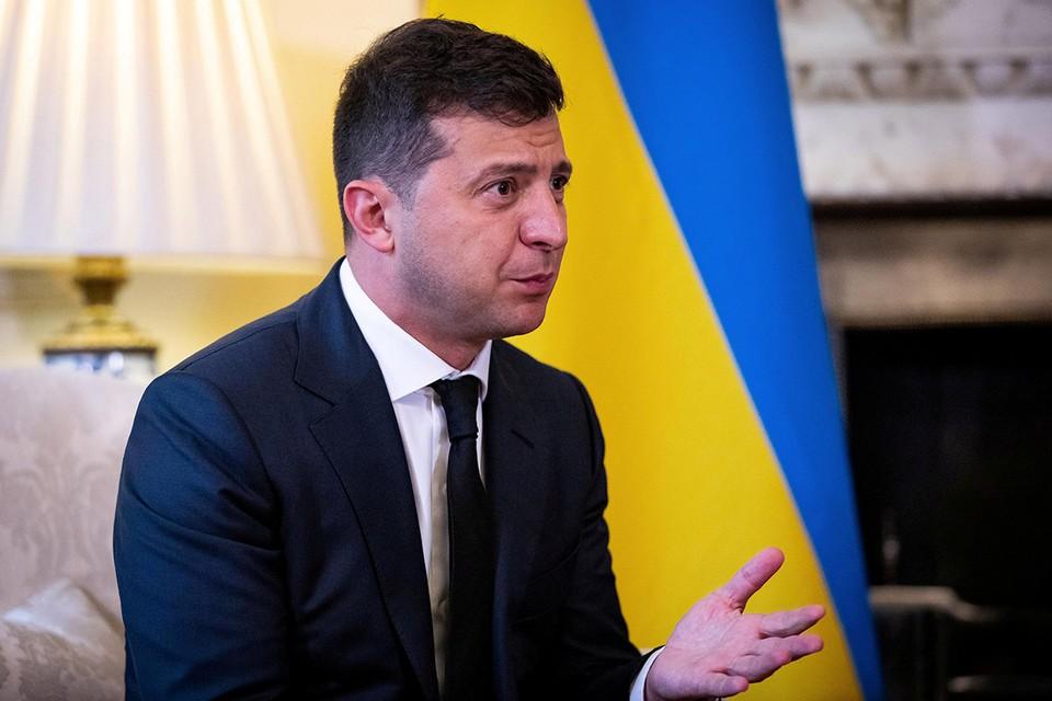 Президент Украины госпитализирован с «короной»