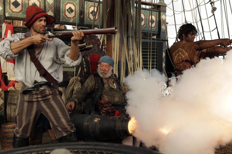 """Пираты из """"Острова сокровищ"""" - это коллеги наших братков из """"лихих девяностых"""""""