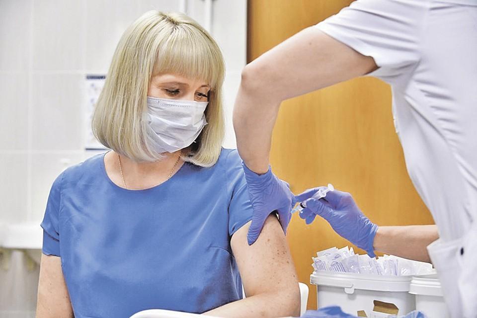 Испытания первой в мире зарегистрированной вакцины от коронавируса. Фото: Сергей КИСЕЛЕВ/Агентство городских новостей «Москва»