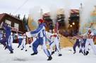 5000 туристов, массовый спуск Дедов Морозов и сибирский завтрак: В Шерегеше открыли горнолыжный сезон