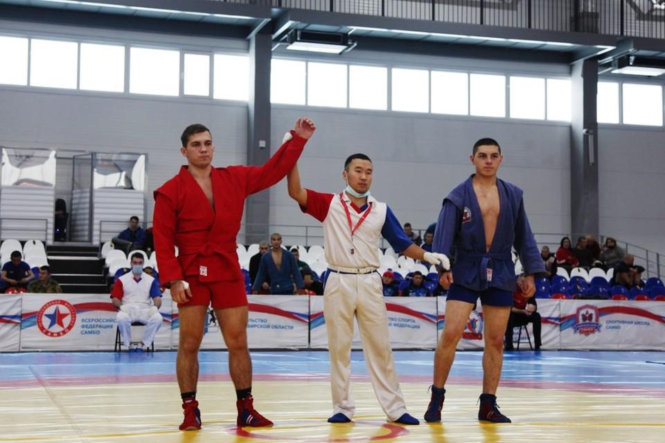 Курсанты боролись за место в команде. Фото предоставлено Советом депутатов города Новосибирска.
