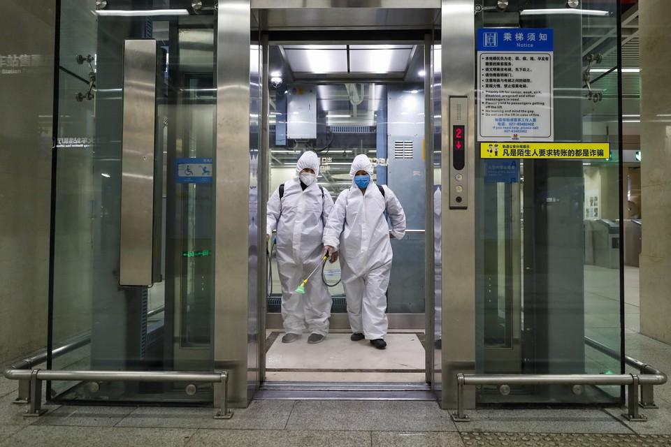 ВОЗ выявила рекордное число зараженных коронавирусом и умерших за неделю