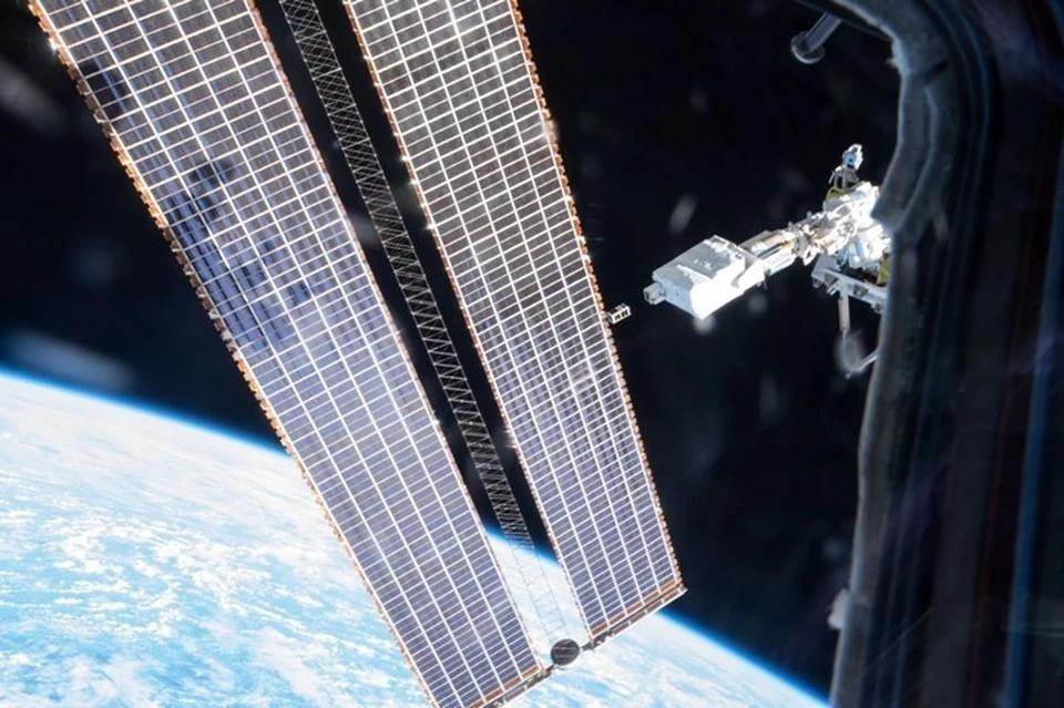 Российские космонавты не выявили повреждений снаружи МКС