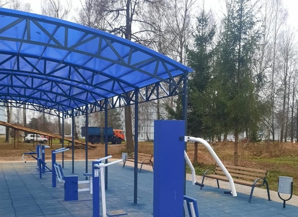 В поселке Шаталово установили спортивную площадку. Фото: администрация Починковского района Смоленской области.