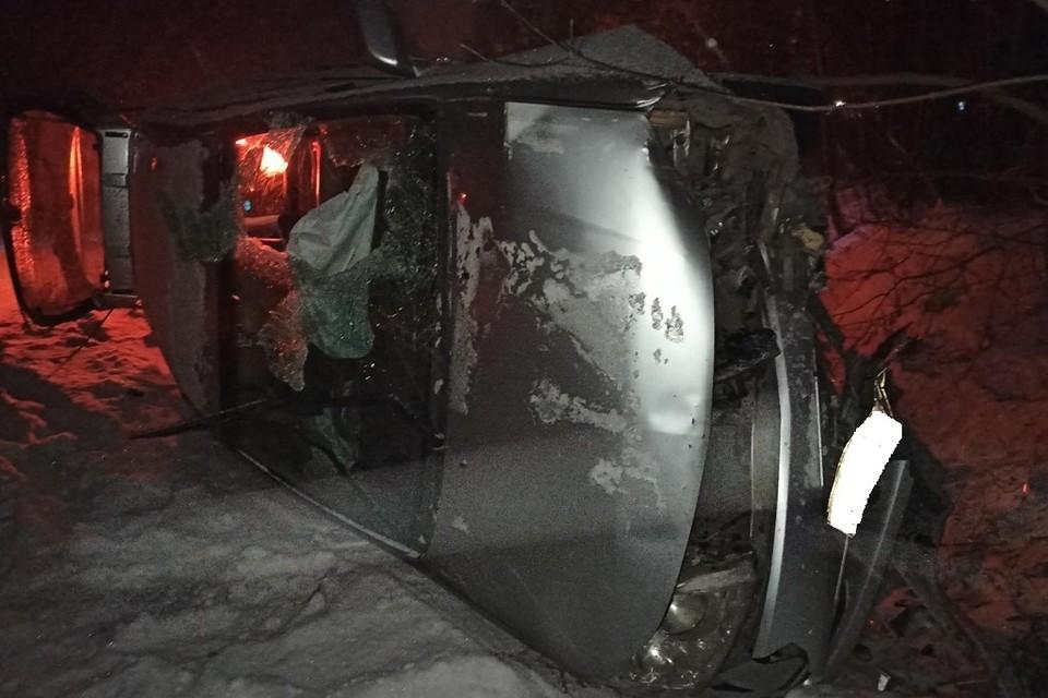 Четырехлетний ребенок пострадал в результате столкновения автобуса и иномарки в Кузбассе. Фото: ГИБДД Кузбасса