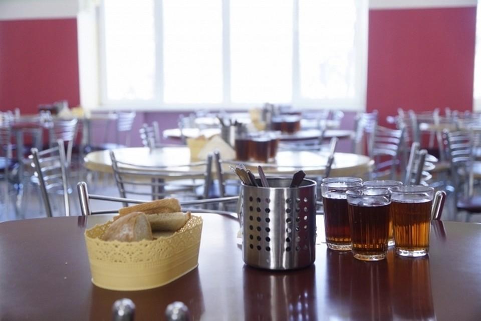 Плохое самочувствие у учеников школы № 7 началось после обеда в школьной столовой.