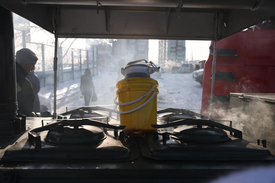 Полевые кухни работают во Владивостоке. Фото: vlc.ru