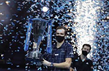Что произошло после финального матча Медведева и Тима на турнире ATP